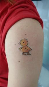Den Tumi piercing en tattoo (68) eend duck