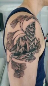 Den Tumi piercing en tattoo (76) na