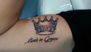 Den Tumi piercing en tattoo (9) kroon crown